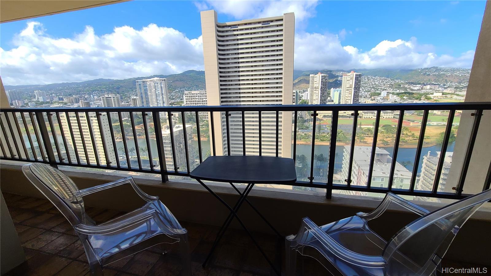 2140 Kuhio Ave Honolulu - Rental - photo 11 of 23