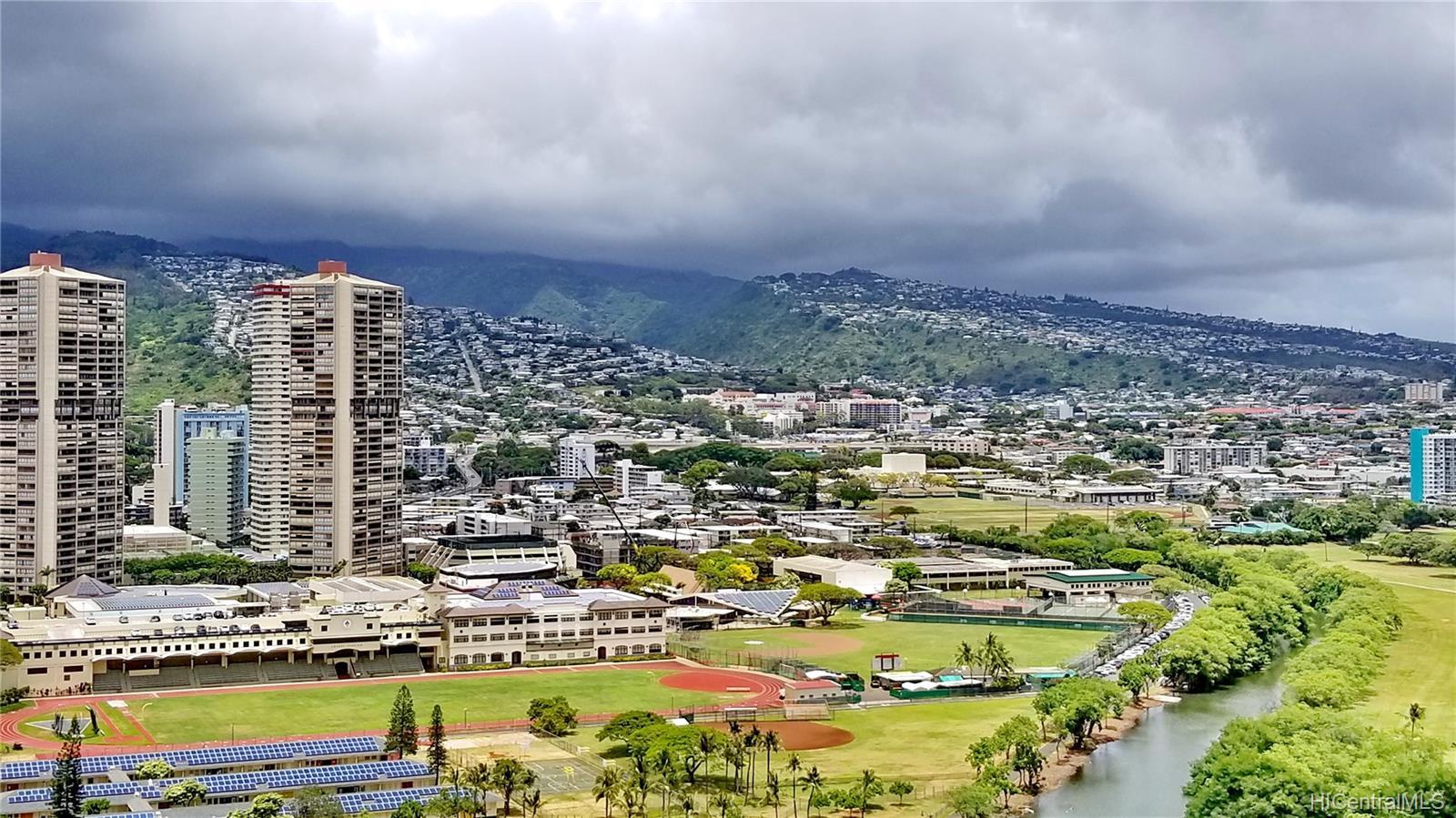 2140 Kuhio Ave Honolulu - Rental - photo 9 of 23