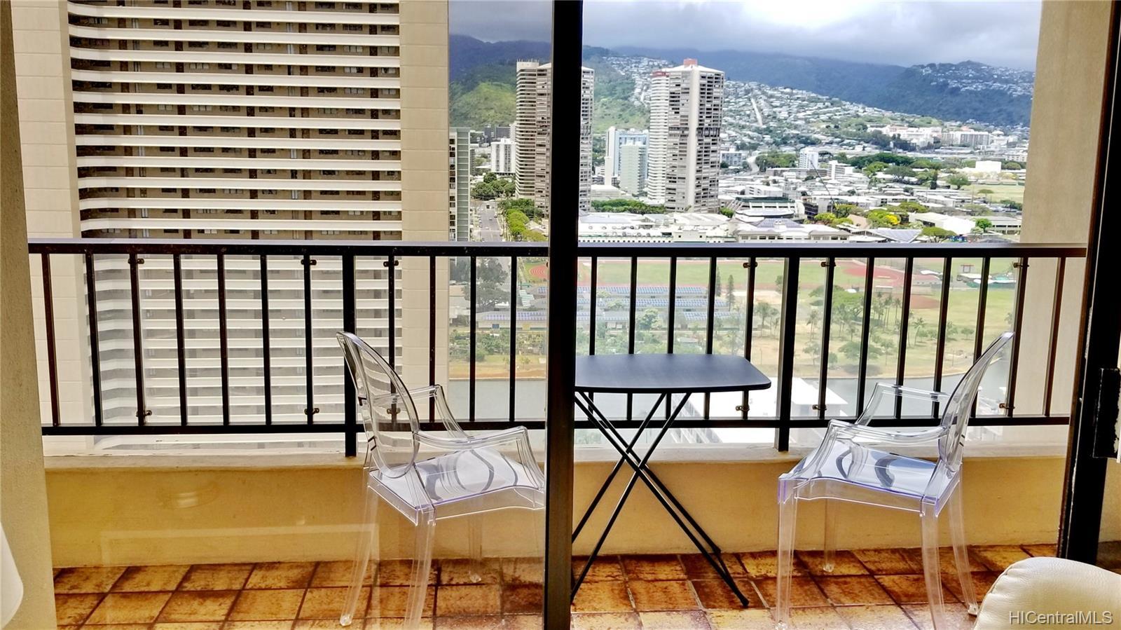 2140 Kuhio Ave Honolulu - Rental - photo 10 of 23