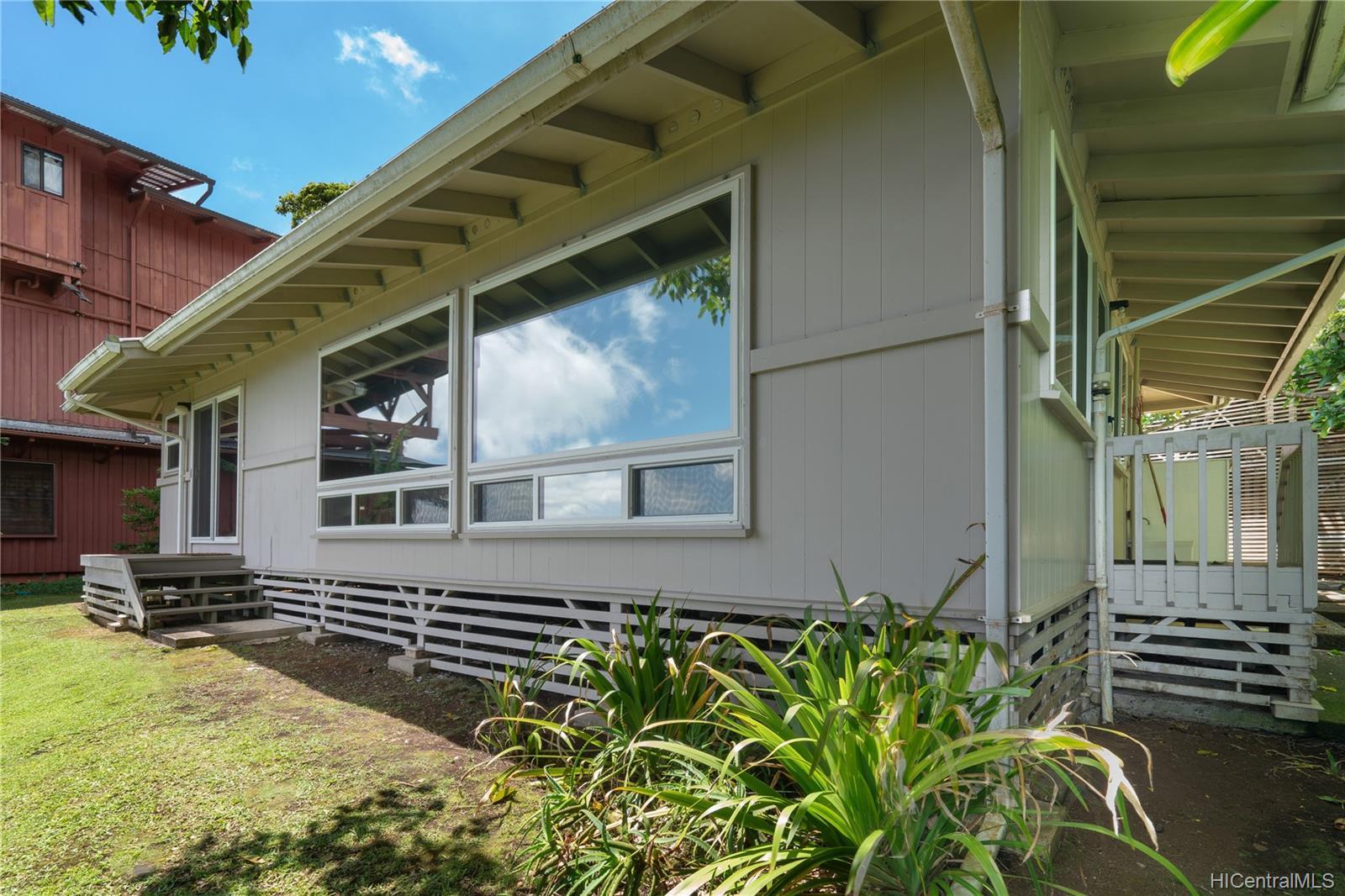 215  Forest Ridge Way Tantalus, Honolulu home - photo 20 of 22