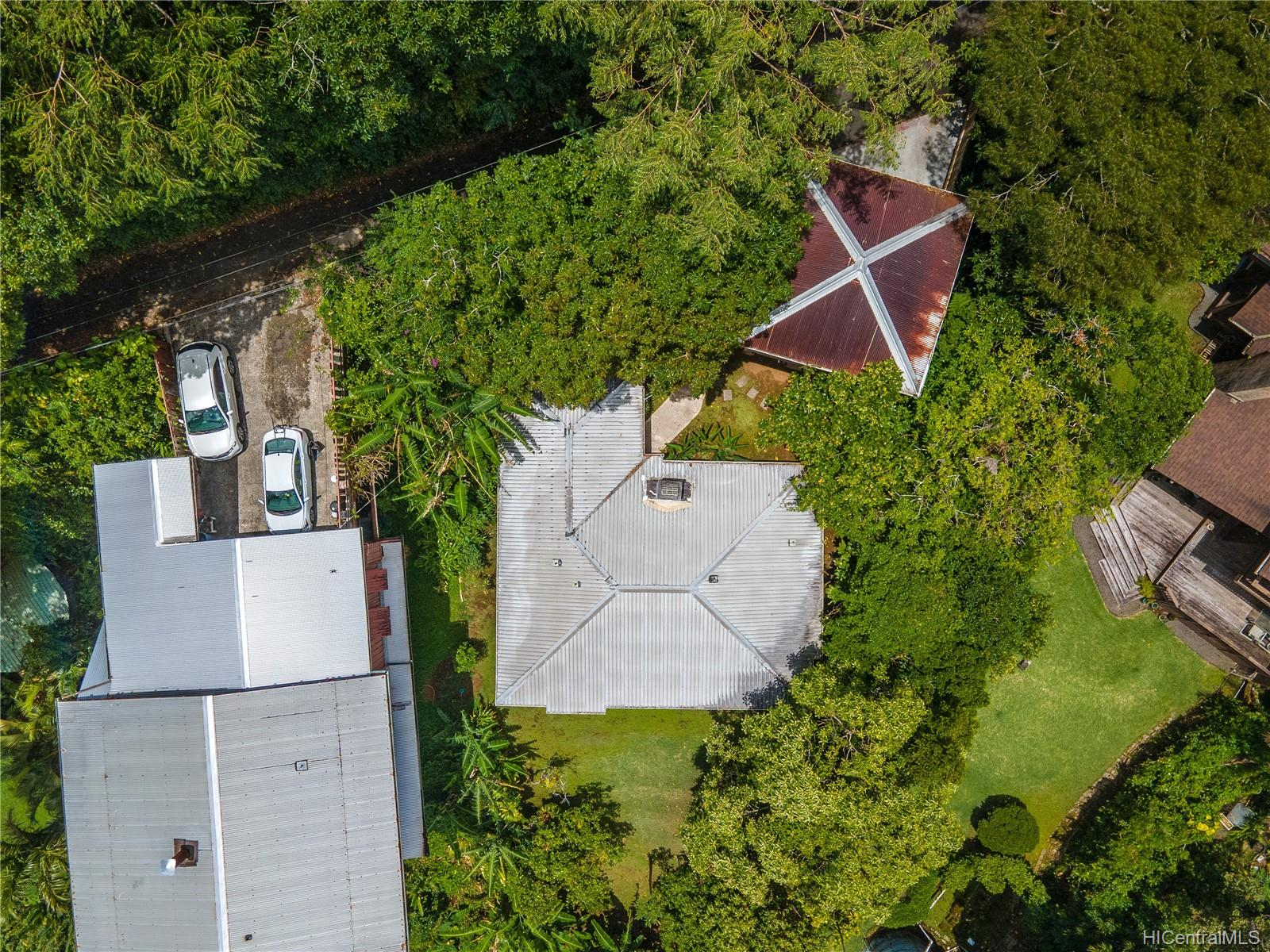 215  Forest Ridge Way Tantalus, Honolulu home - photo 21 of 22