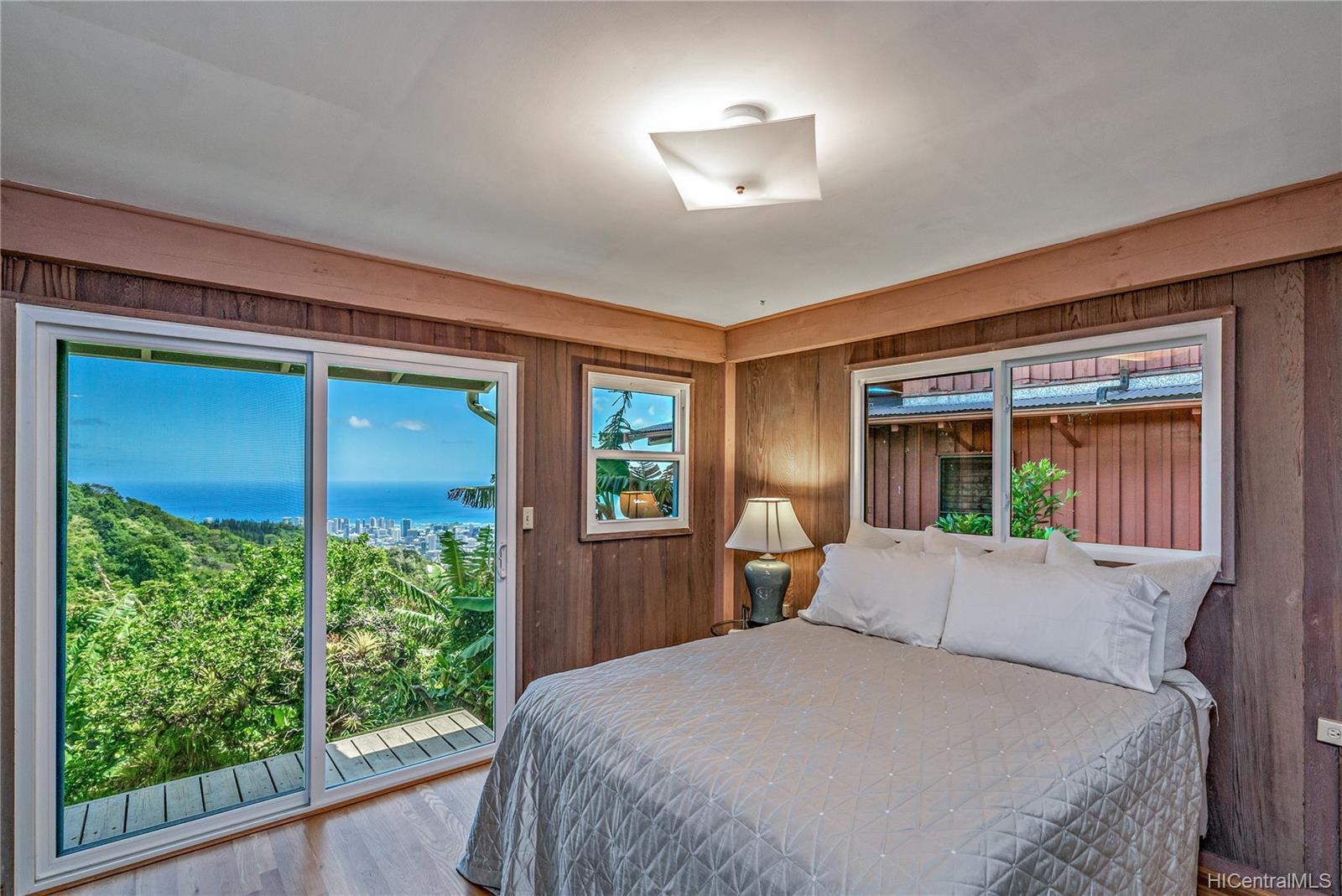 215  Forest Ridge Way Tantalus, Honolulu home - photo 9 of 22