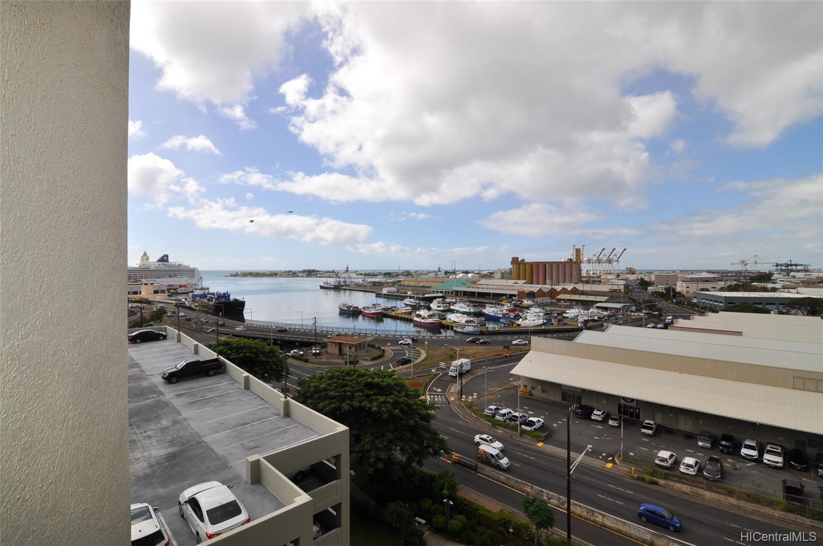 215 North King St condo # 1003, Honolulu, Hawaii - photo 12 of 19