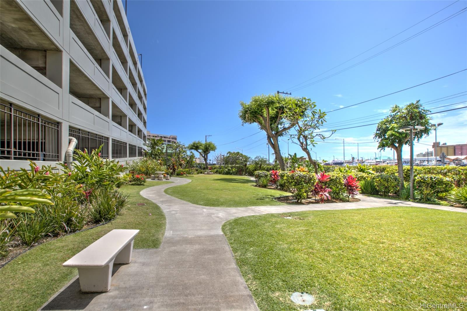 215 North King St condo # 1104, Honolulu, Hawaii - photo 11 of 18