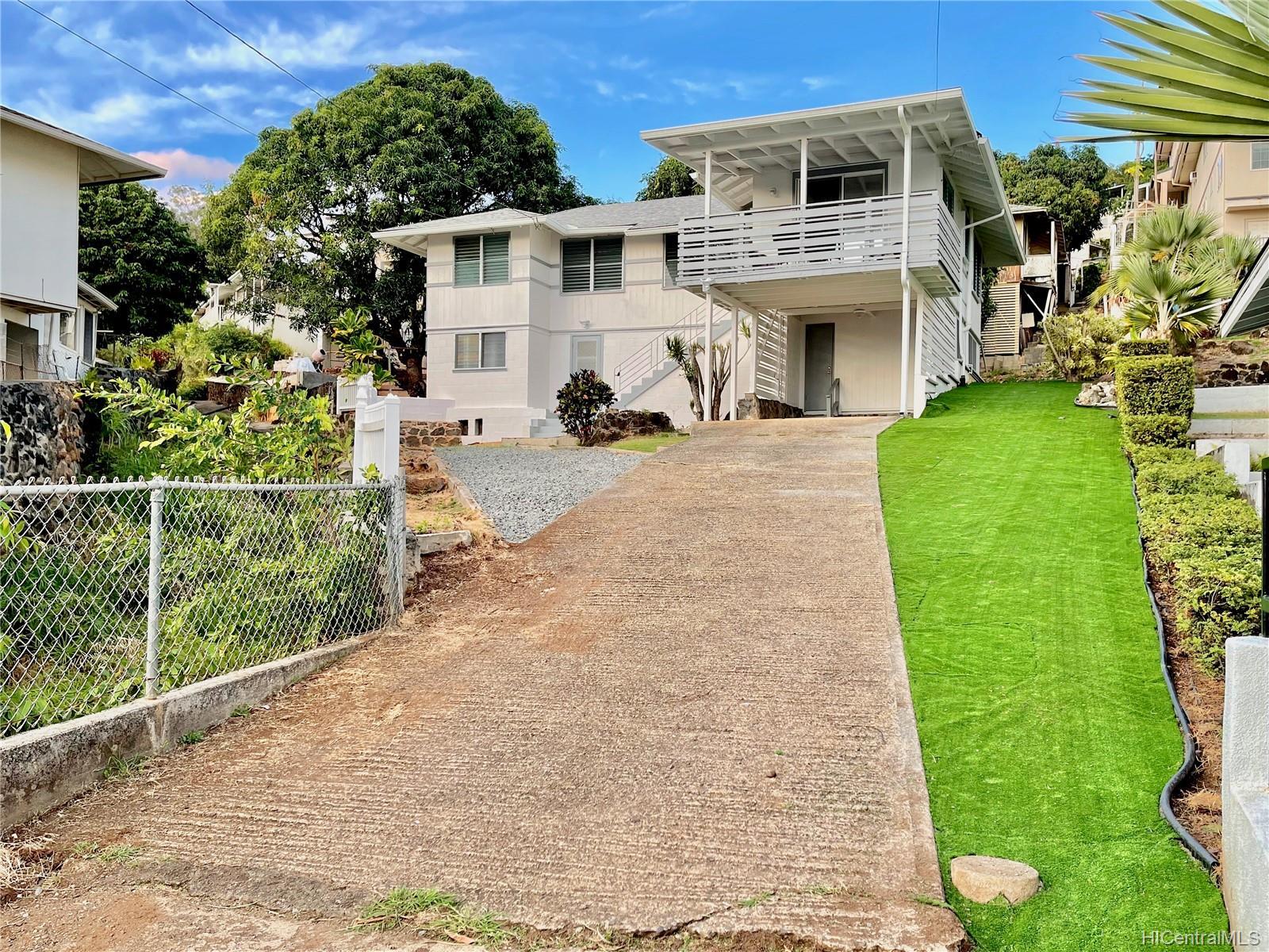 2164  Hillcrest Street Kamehameha Heights, Honolulu home - photo 21 of 25