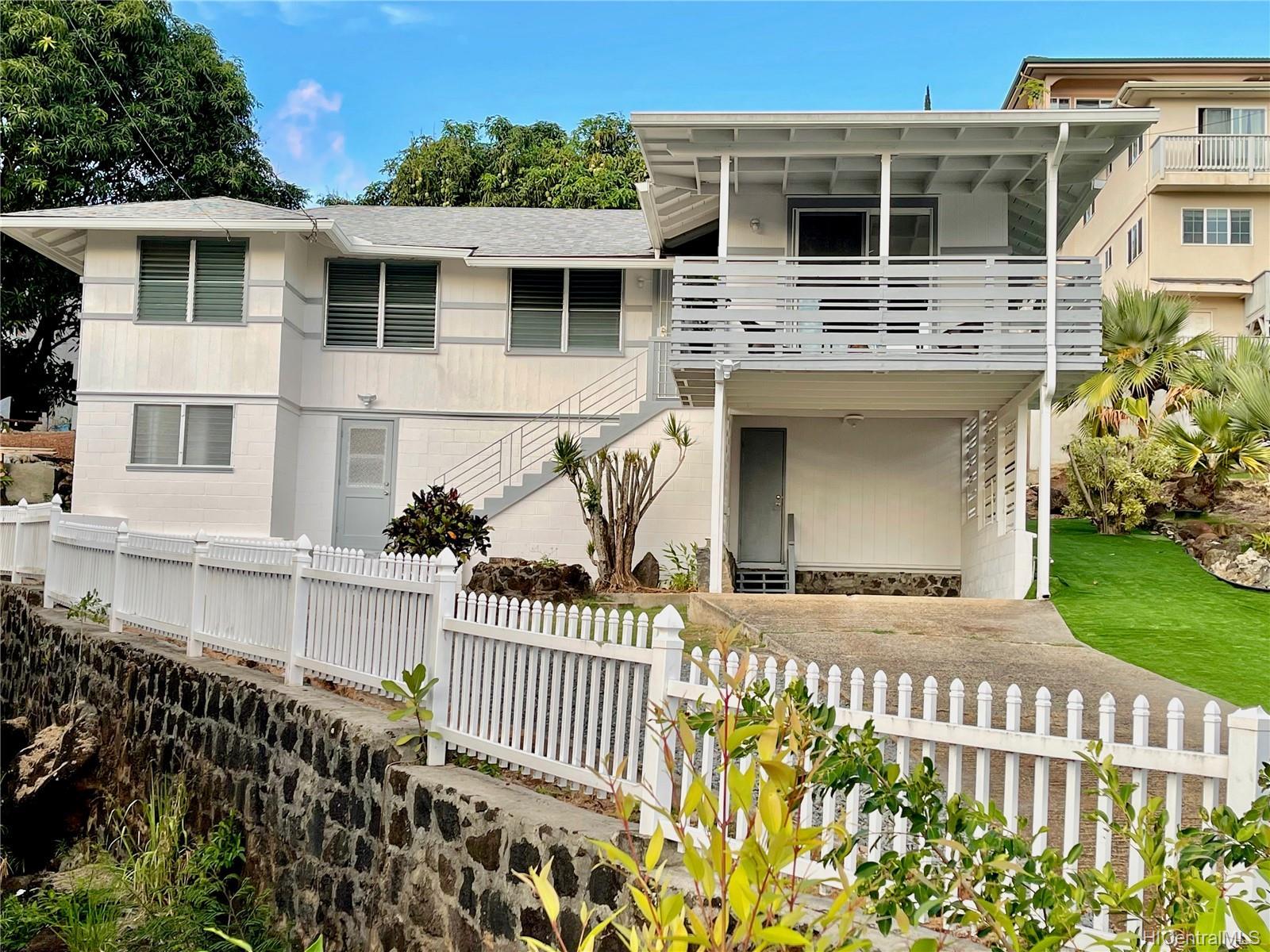 2164  Hillcrest Street Kamehameha Heights, Honolulu home - photo 23 of 25