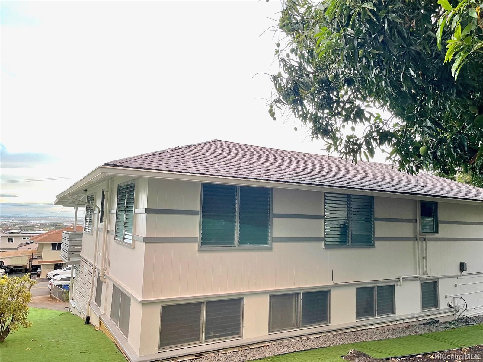 2164  Hillcrest Street Kamehameha Heights, Honolulu home - photo 24 of 25