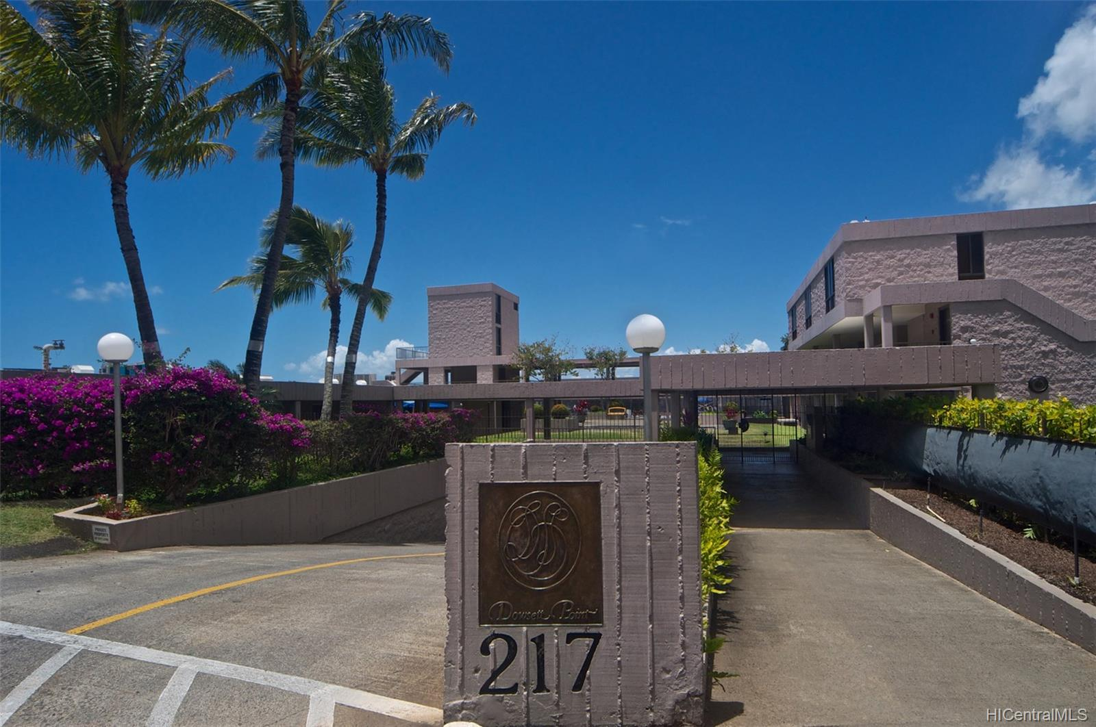 Dowsett Point condo # D12, Honolulu, Hawaii - photo 13 of 20