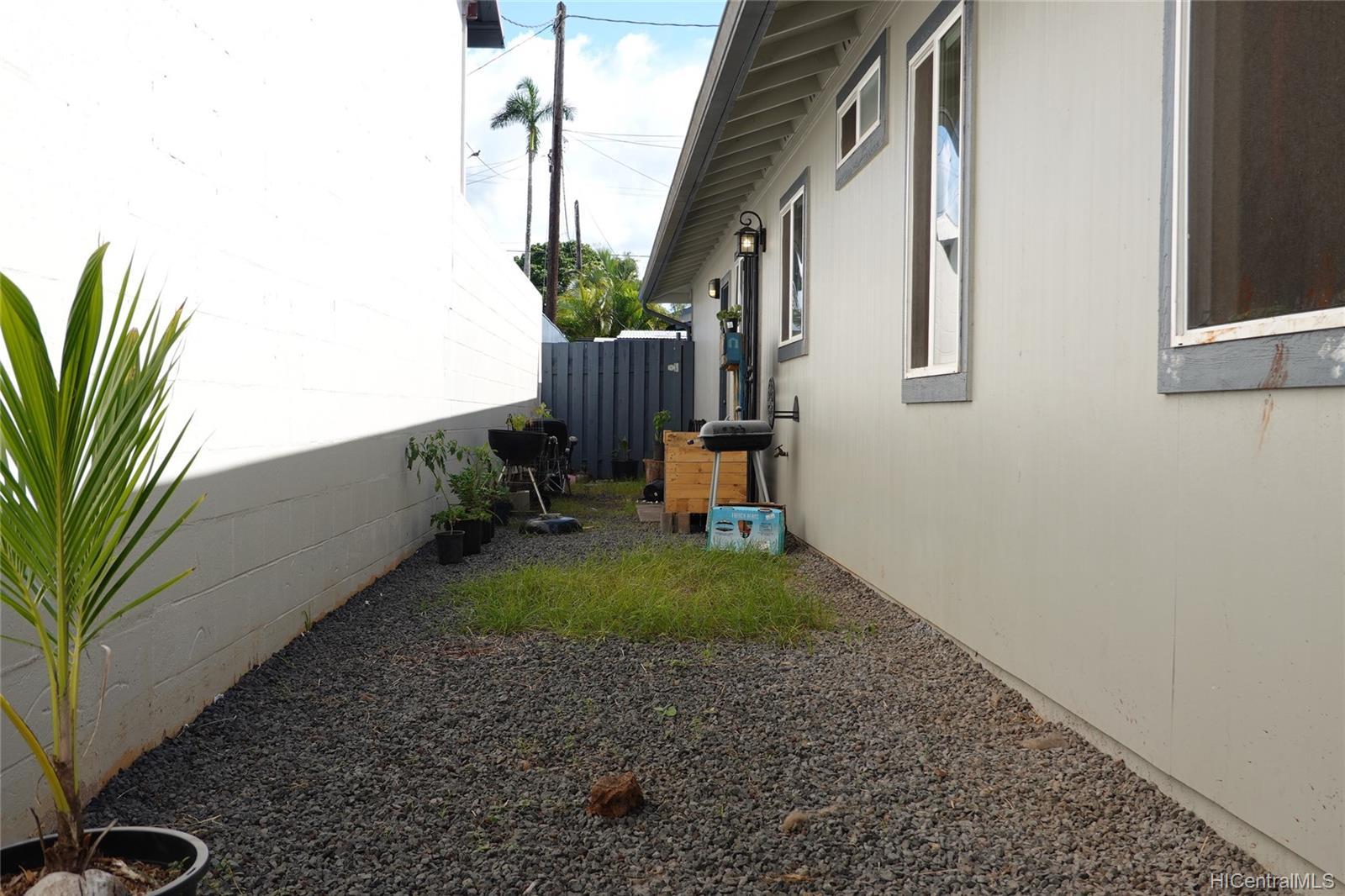 219-A  Kellog Street Wahiawa Area, Central home - photo 6 of 7