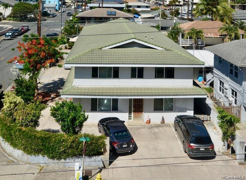 2204 Date Street Honolulu - Multi-family - photo 2 of 19