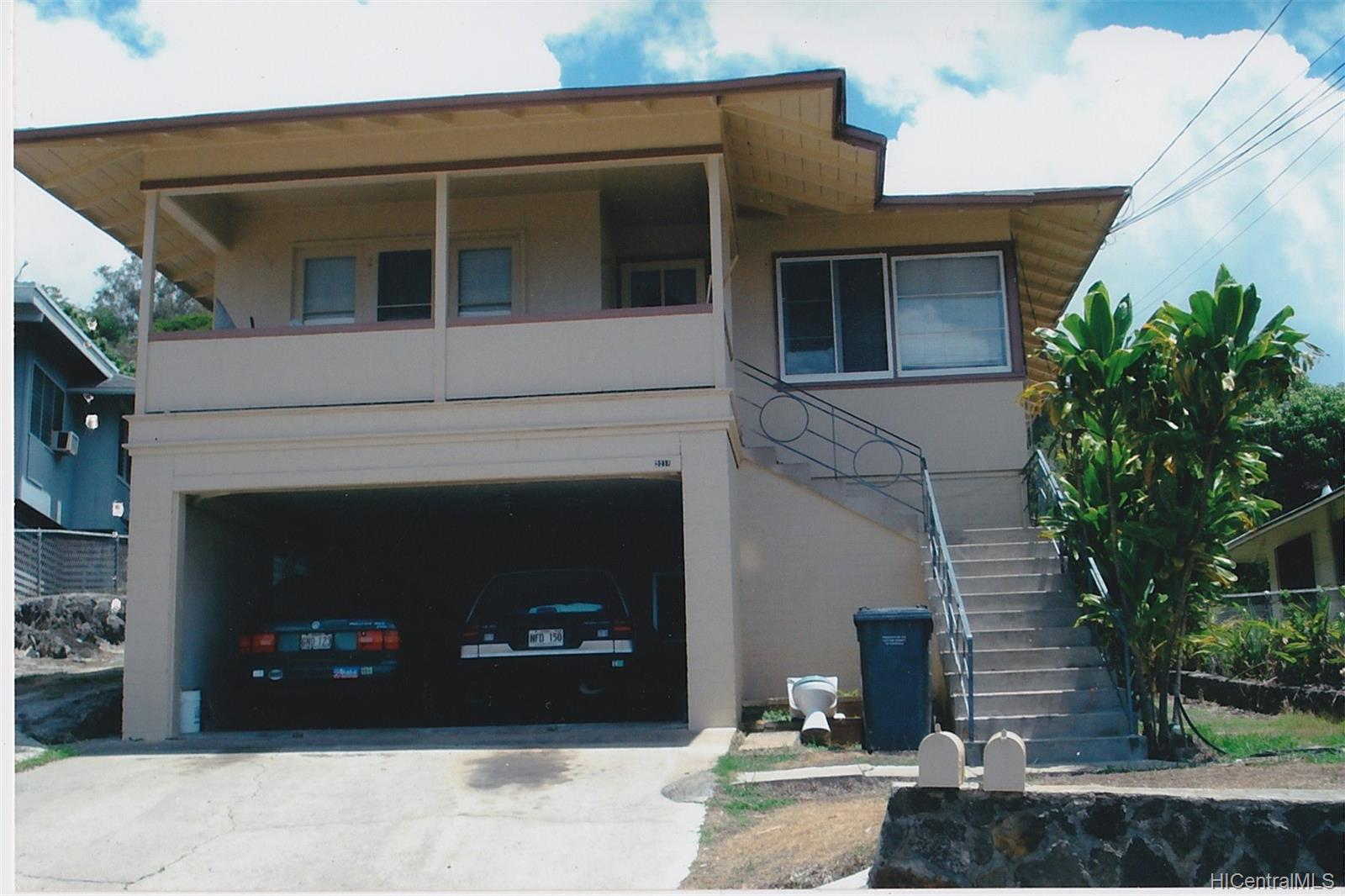 2218  Makanani Drive Kamehameha Heights, Honolulu home - photo 1 of 20