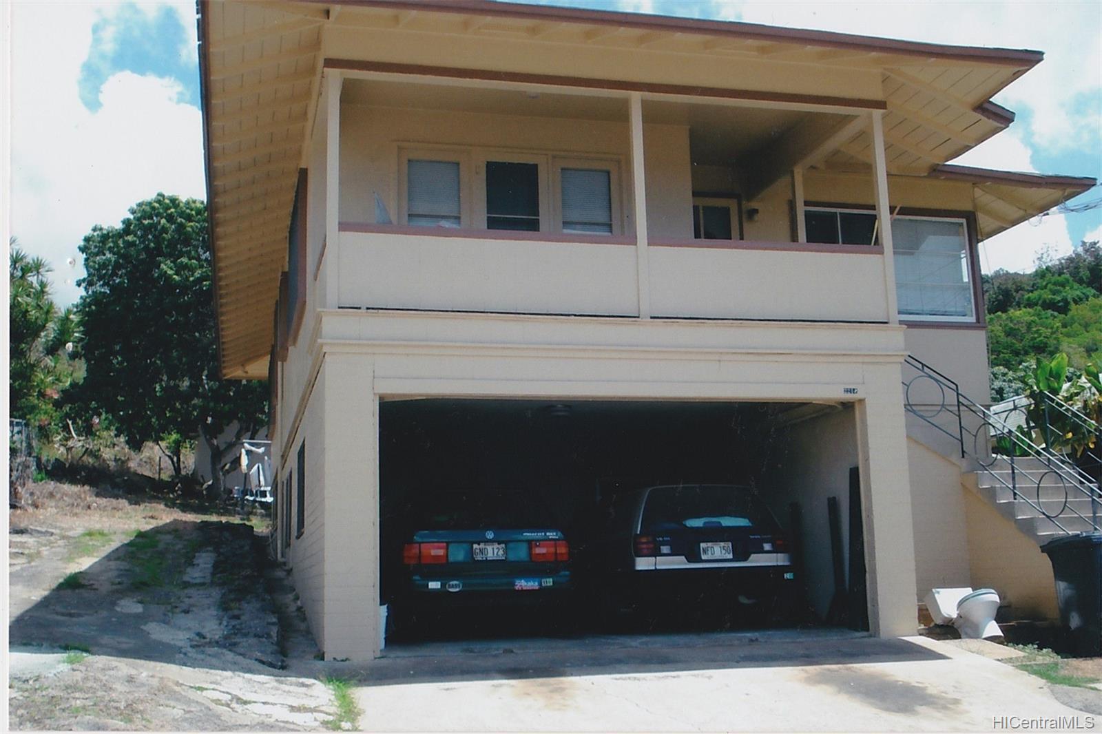 2218  Makanani Drive Kamehameha Heights, Honolulu home - photo 2 of 20