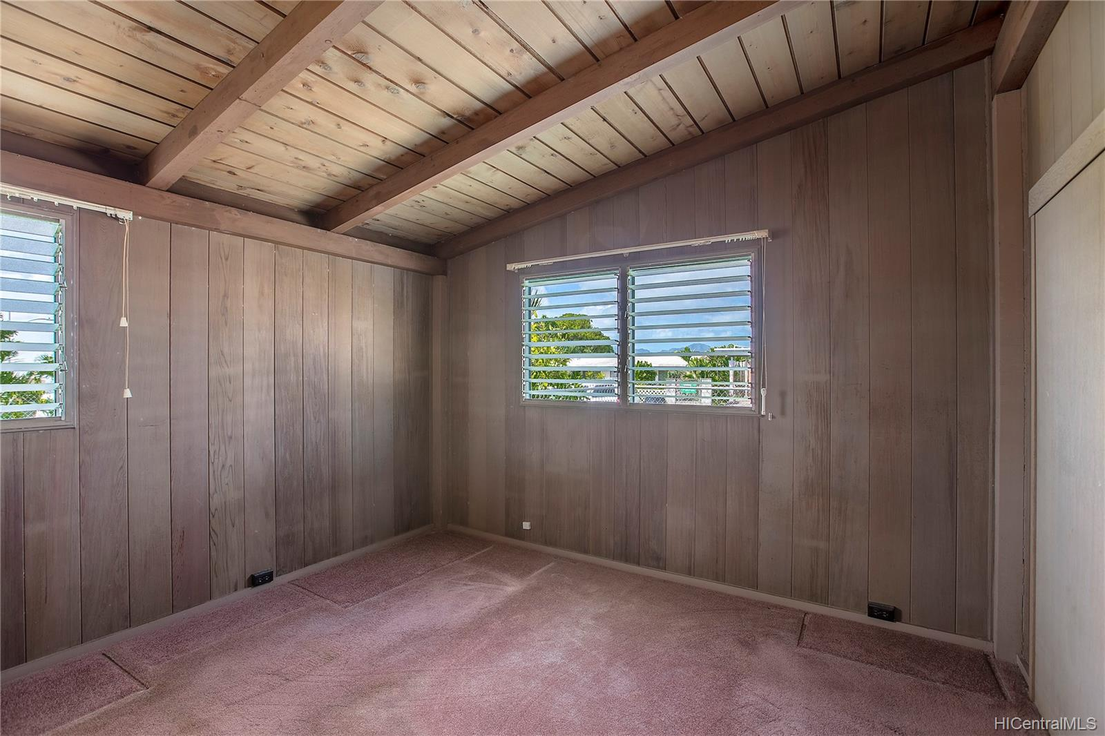 2219  Aupaka Street Pacific Palisades, PearlCity home - photo 4 of 13