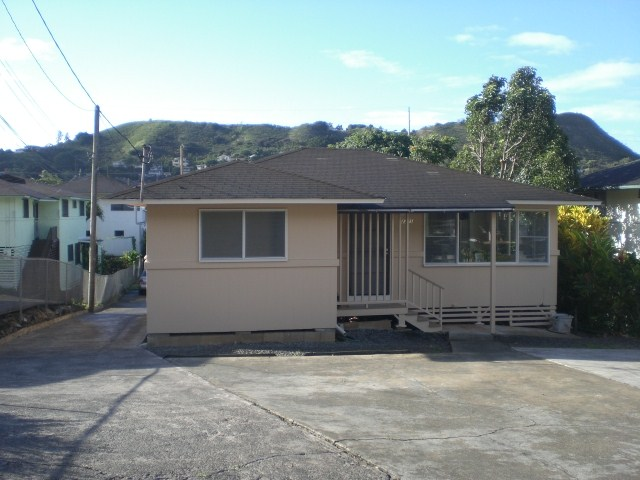 2221  Booth Rd Pauoa Valley, Honolulu home - photo 1 of 16