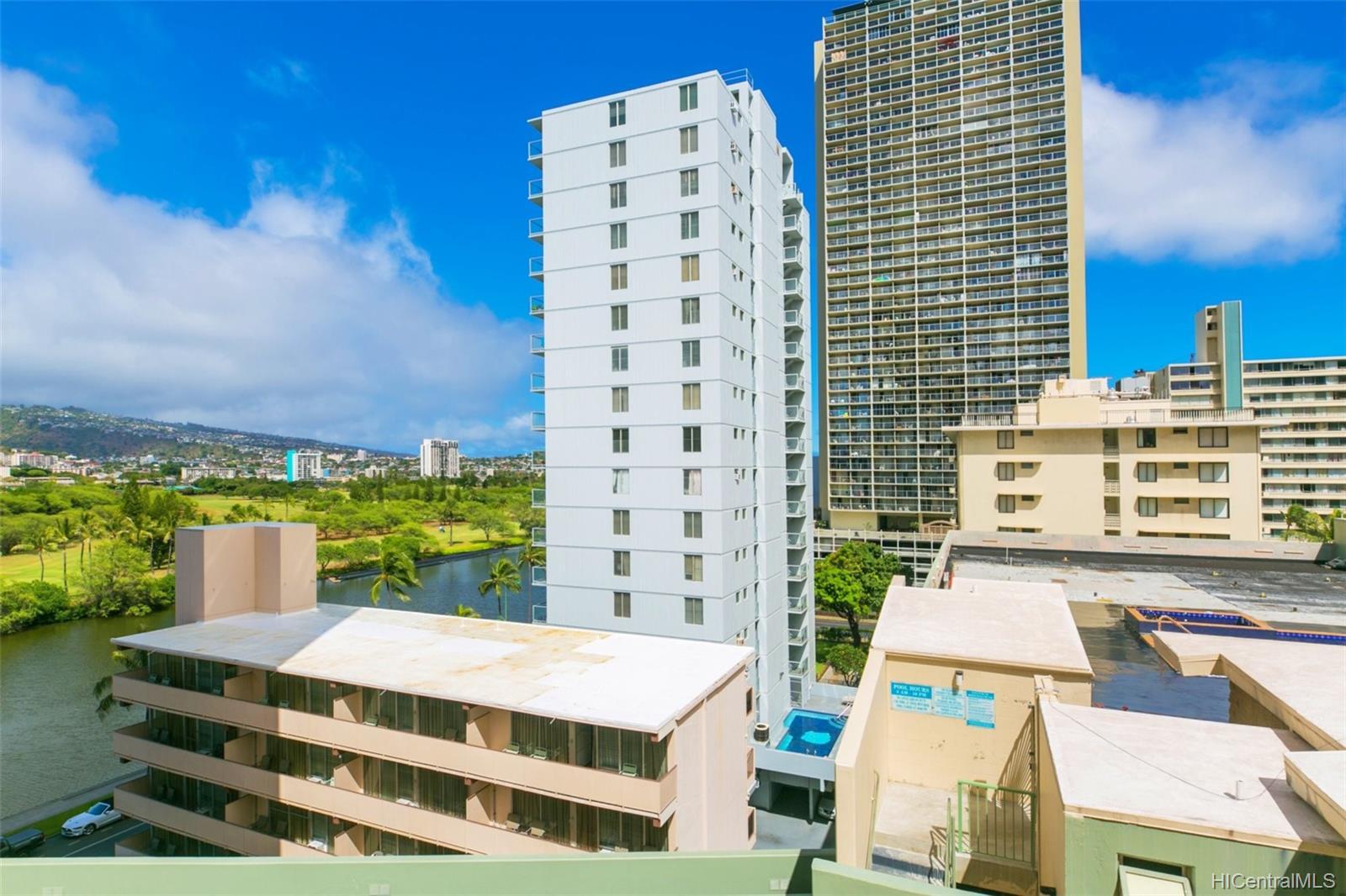 Coral Terrace Apts condo # 804, Honolulu, Hawaii - photo 3 of 19