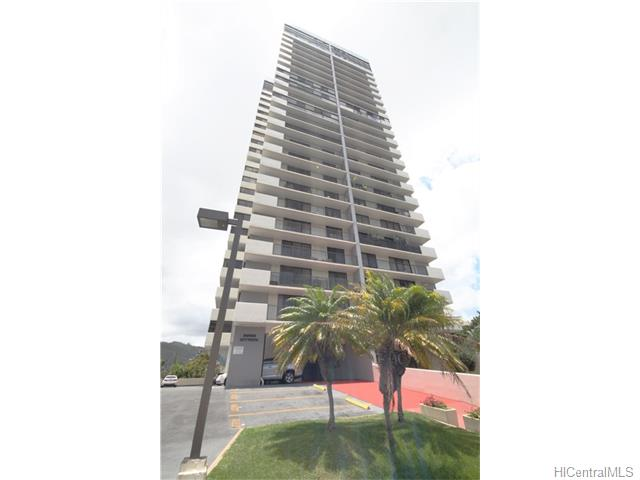 Parkside Tower condo #804, Honolulu, Hawaii - photo 1 of 12
