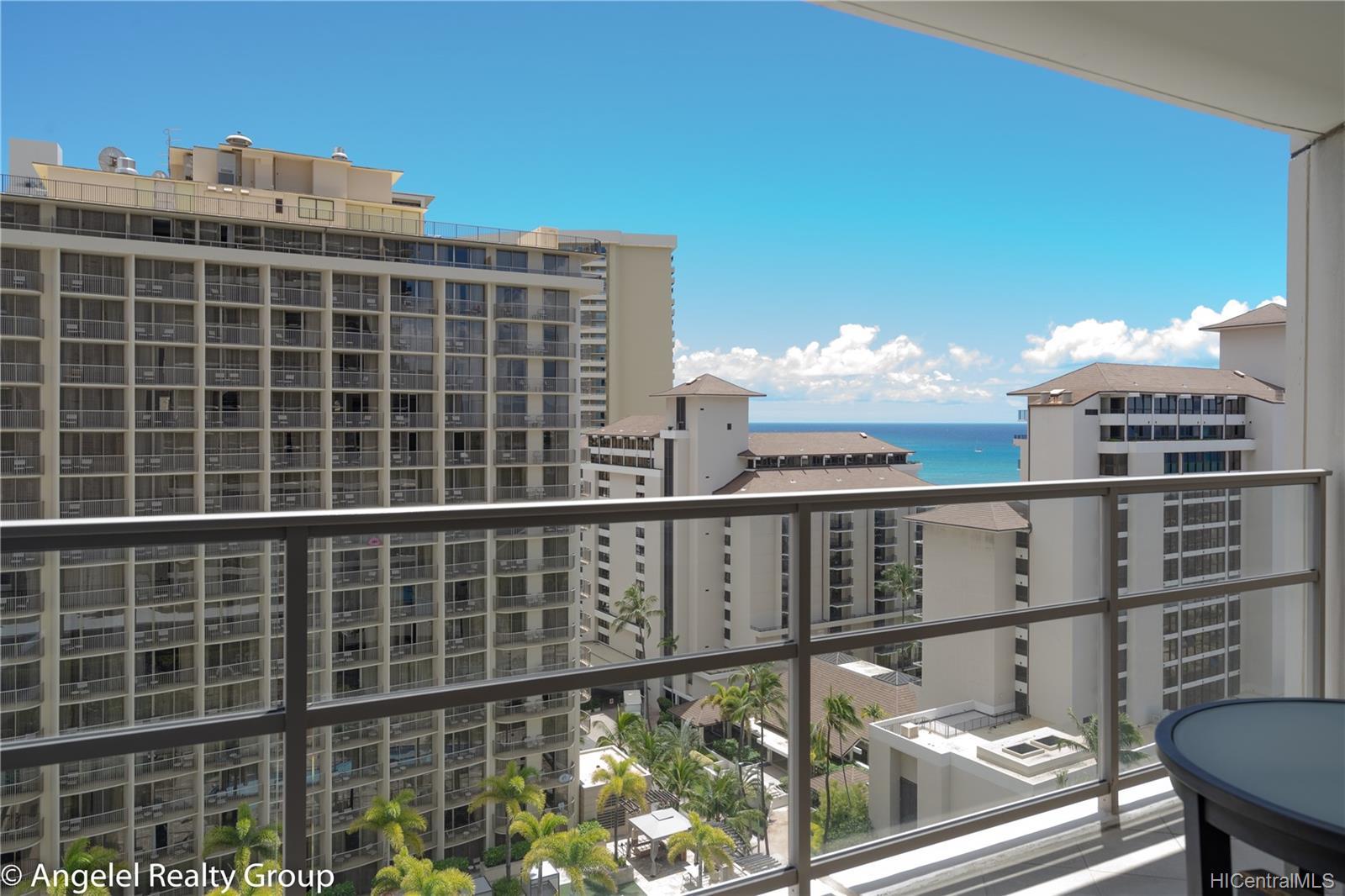 223 Saratoga Road Honolulu - Rental - photo 2 of 25
