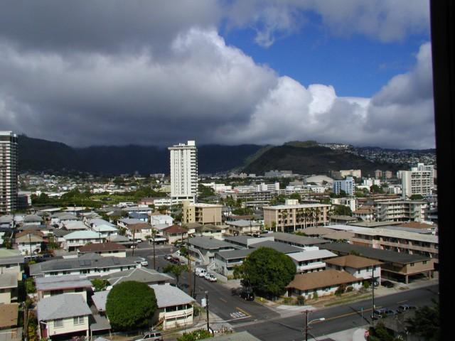 Kapiolani House condo #1004, Honolulu, Hawaii - photo 1 of 18