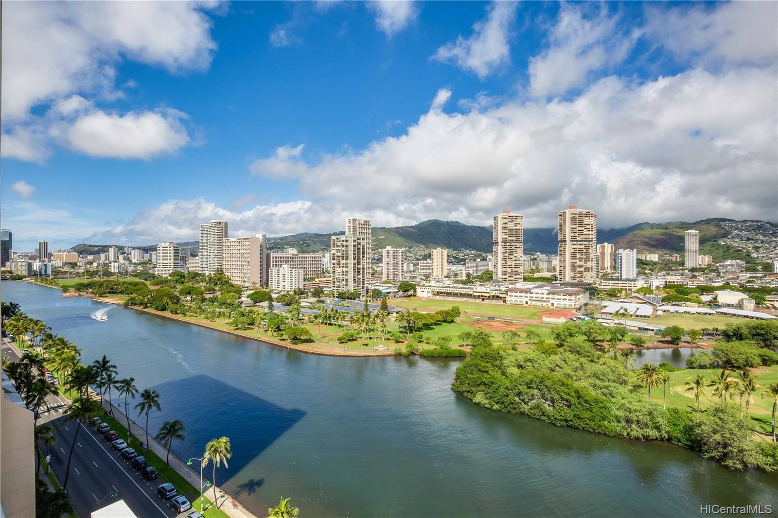 2233 Ala Wai condo # 18A, Honolulu, Hawaii - photo 19 of 20