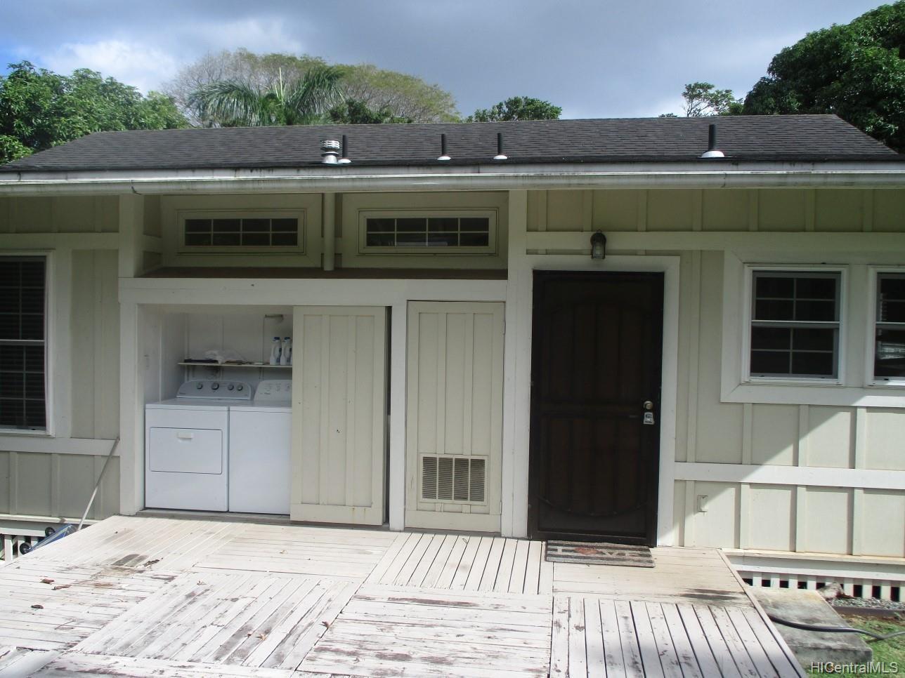 2234  University Ave Manoa Area, Honolulu home - photo 3 of 19