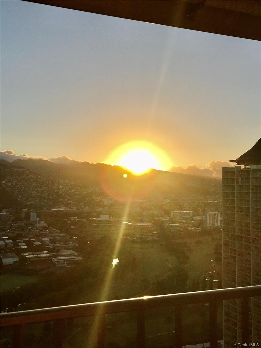 2240 Kuhio Ave Honolulu - Rental - photo 14 of 21