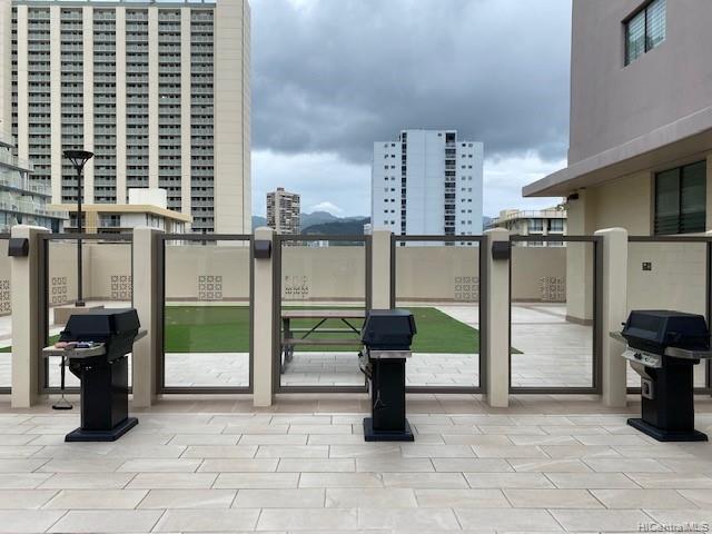 2240 Kuhio Ave Honolulu - Rental - photo 19 of 21