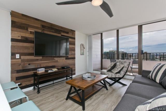 2240 Kuhio Ave Honolulu - Rental - photo 4 of 21