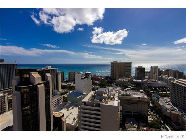 Royal Kuhio condo # 3204, Honolulu, Hawaii - photo 2 of 10