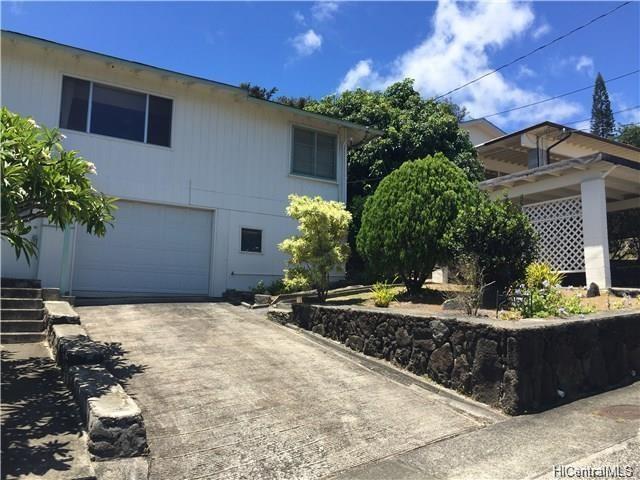 2250  Kaululaau St Papakolea, Honolulu home - photo 1 of 2