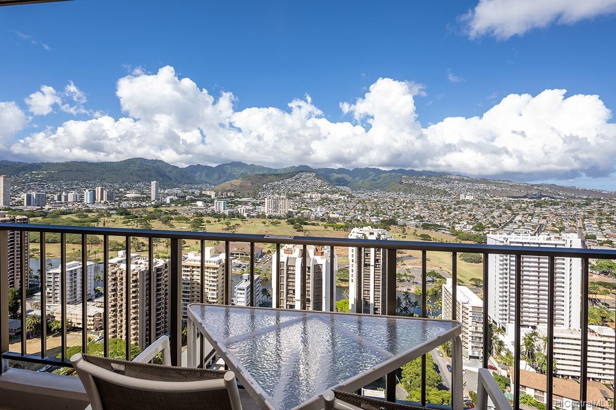 Waikiki Sunset condo # 3507, Honolulu, Hawaii - photo 11 of 19