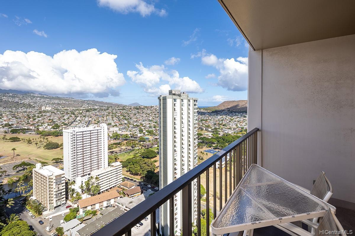 Waikiki Sunset condo # 3507, Honolulu, Hawaii - photo 12 of 19