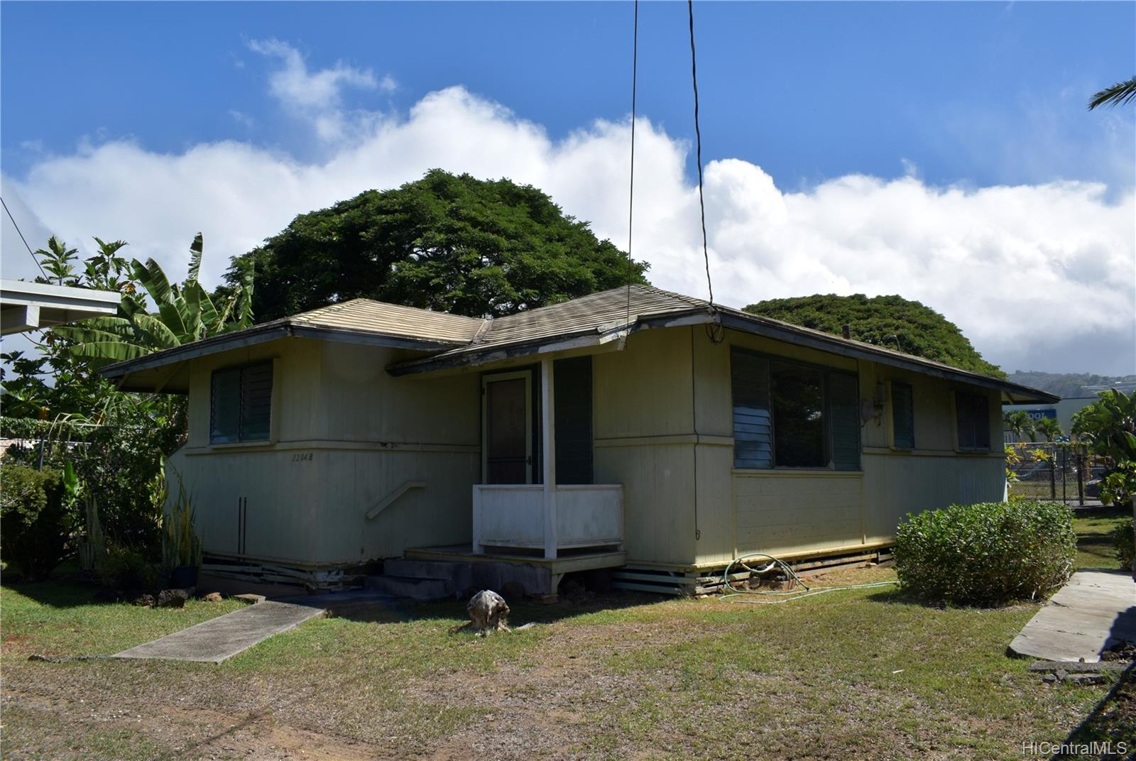 2304  Palena Street Kalihi-lower, Honolulu home - photo 1 of 9