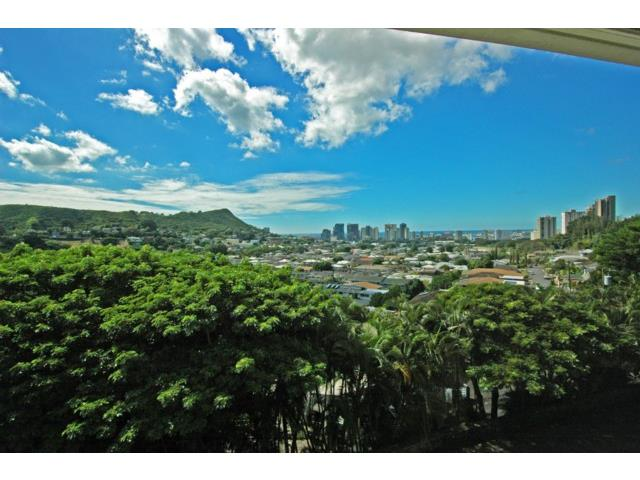 Pacific Heights Park Pl condo #7, Honolulu, Hawaii - photo 1 of 16