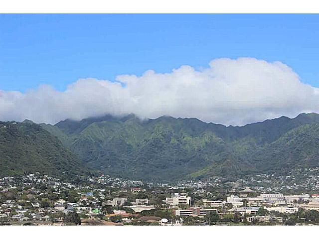 Marco Polo Apts condo # 3317, Honolulu, Hawaii - photo 4 of 10