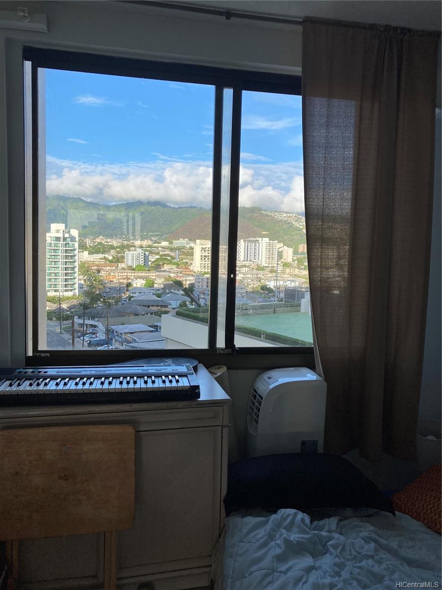 Marco Polo Apts condo # 1008, Honolulu, Hawaii - photo 17 of 25
