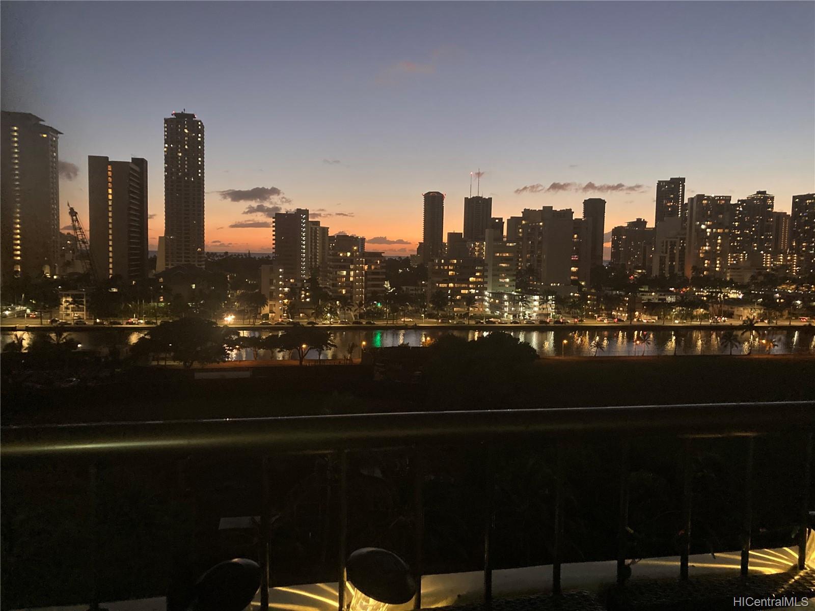 Marco Polo Apts condo # 1008, Honolulu, Hawaii - photo 4 of 25