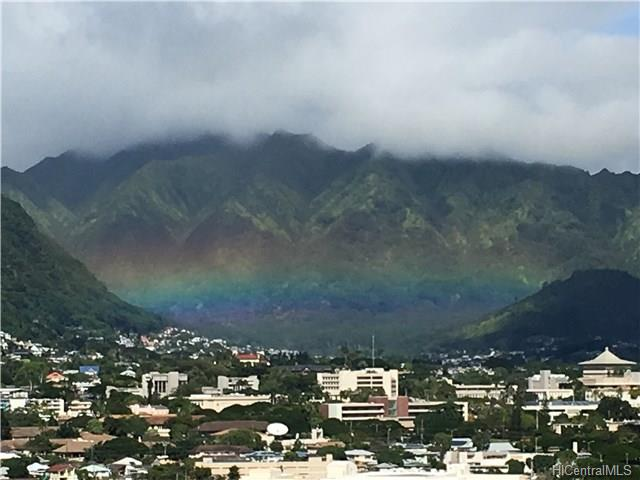 Marco Polo Apts condo # 2007, Honolulu, Hawaii - photo 8 of 17