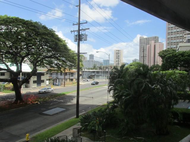 Marco Polo Apts condo # 202, Honolulu, Hawaii - photo 13 of 17