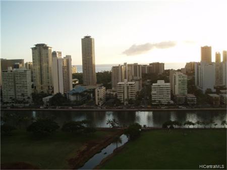 Marco Polo Apts condo # 2112, Honolulu, Hawaii - photo 4 of 8