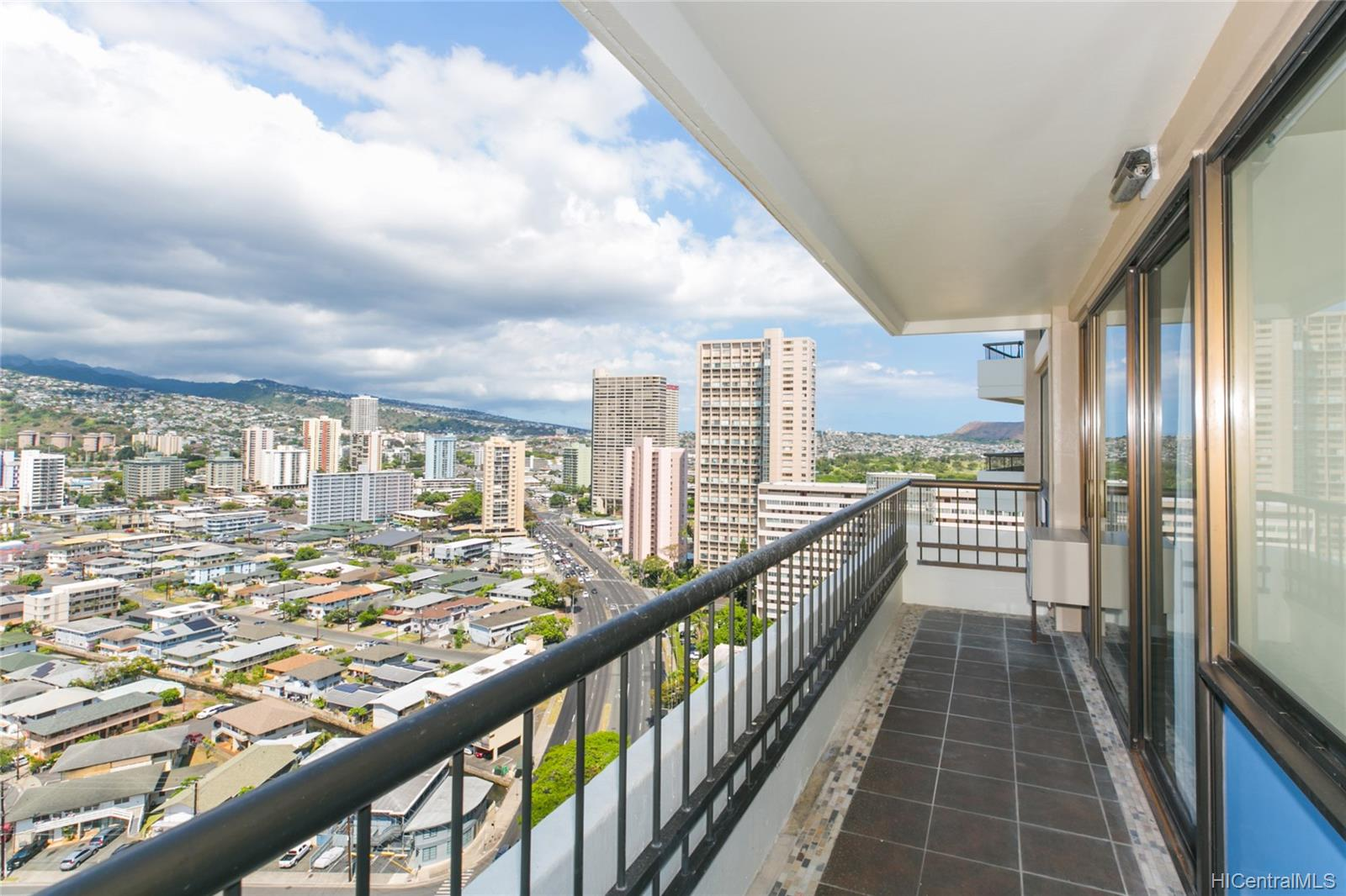 Marco Polo Apts condo # 2301, Honolulu, Hawaii - photo 21 of 25