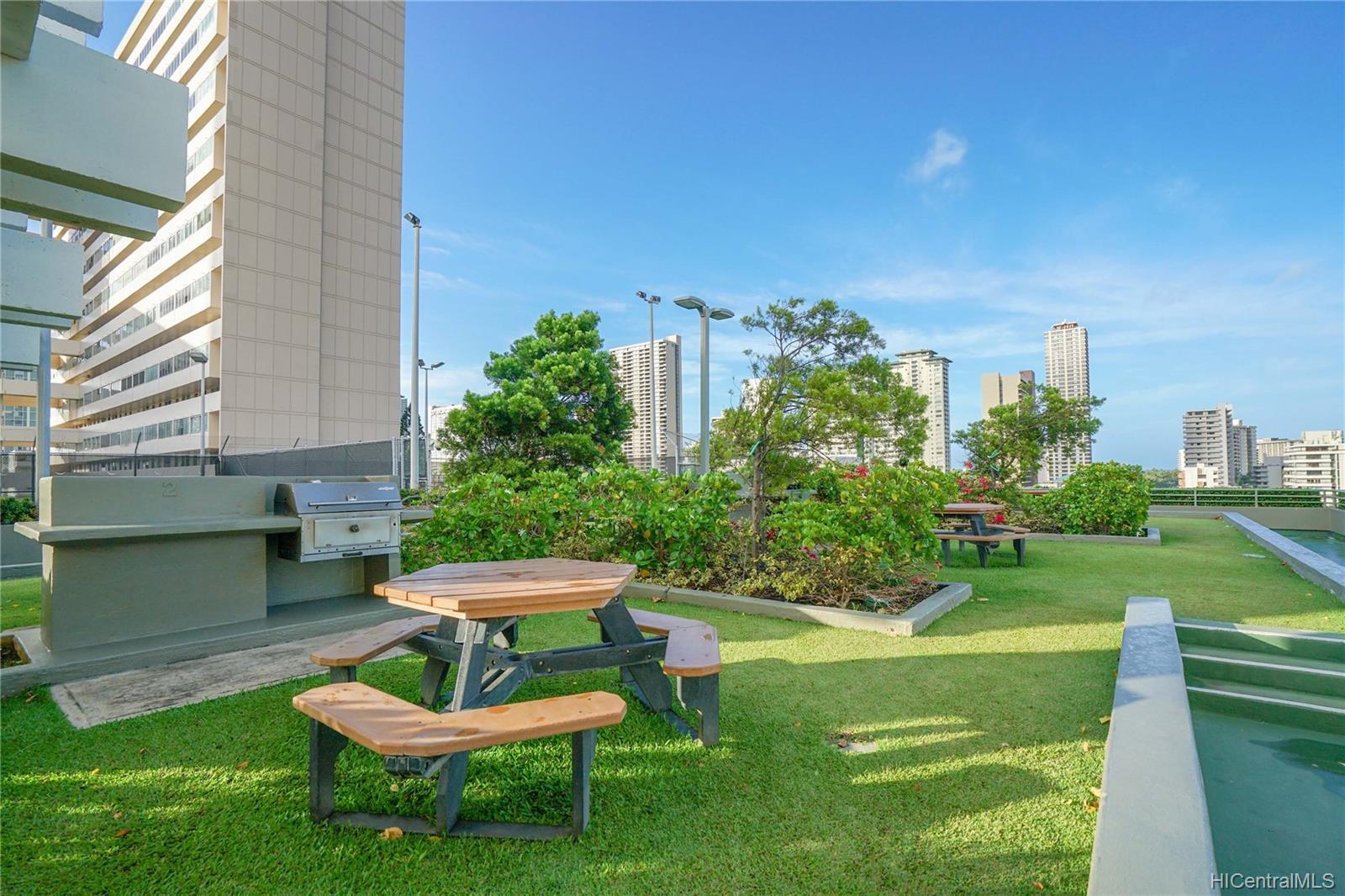 Marco Polo Apts condo # 2505, Honolulu, Hawaii - photo 16 of 21