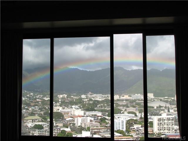 Marco Polo Apts condo # 2706, Honolulu, Hawaii - photo 4 of 11