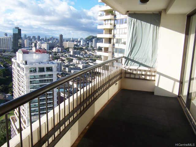 Marco Polo Apts condo # 2811, Honolulu, Hawaii - photo 8 of 10