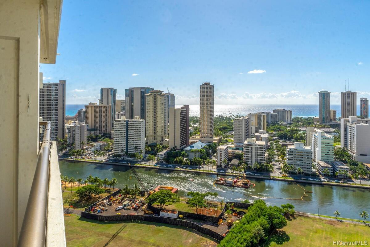 Marco Polo Apts condo # 2813, Honolulu, Hawaii - photo 18 of 25