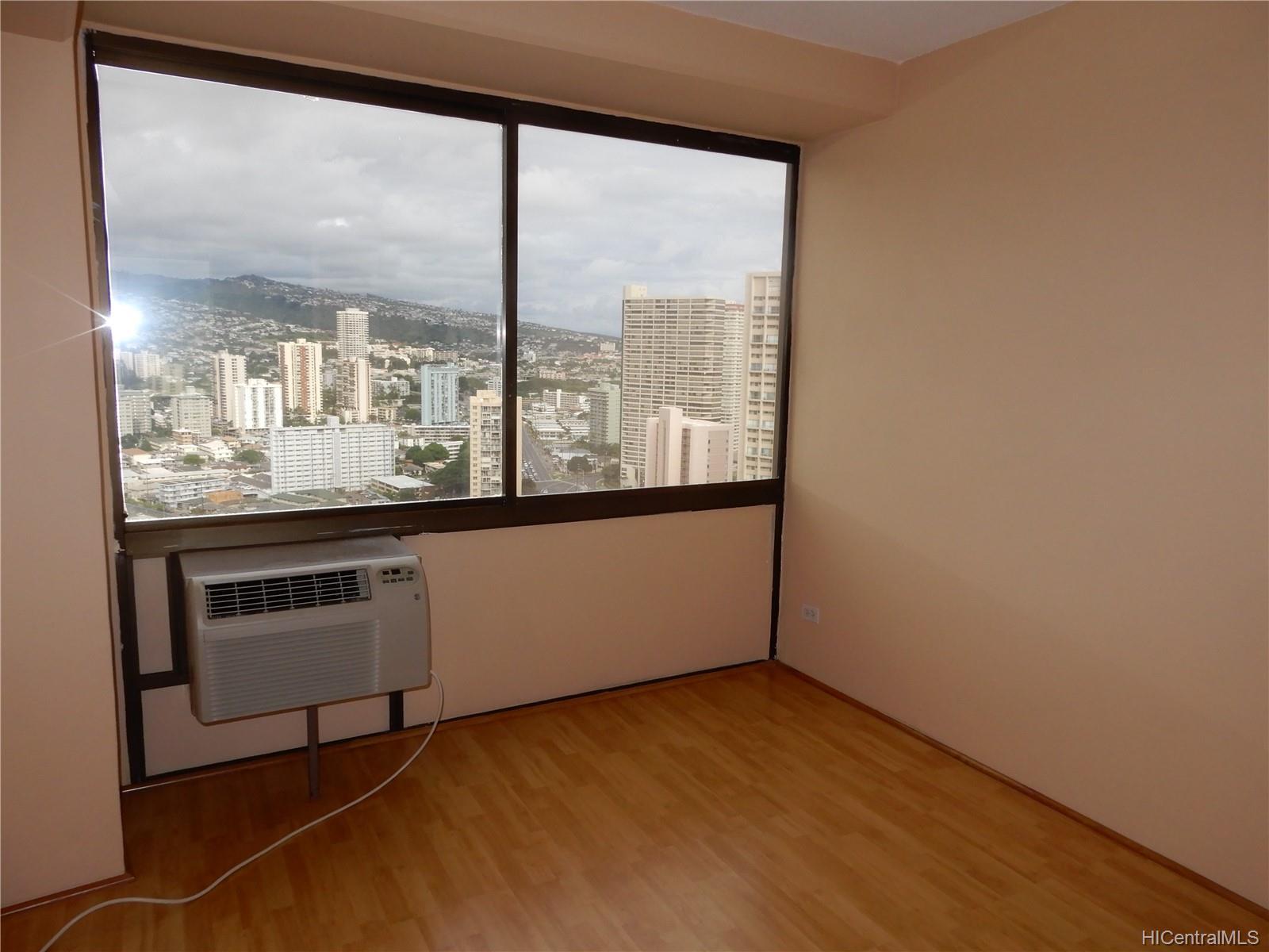 Marco Polo Apts condo # 3003, Honolulu, Hawaii - photo 10 of 12