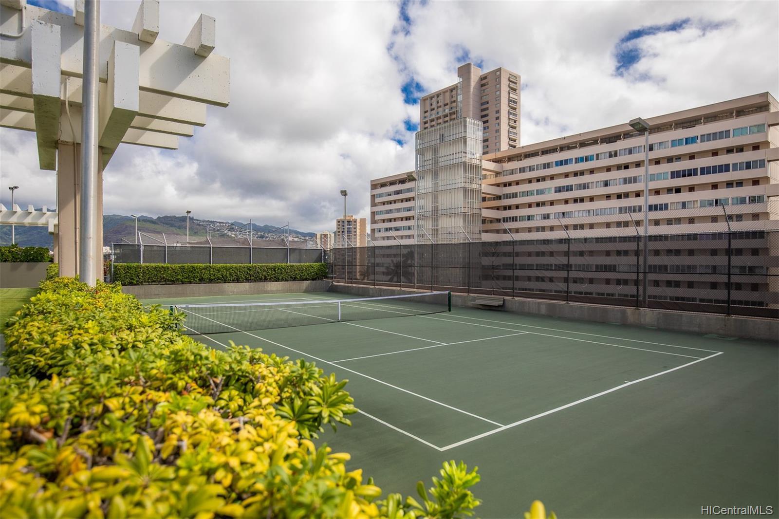 Marco Polo Apts condo # 3208, Honolulu, Hawaii - photo 14 of 24