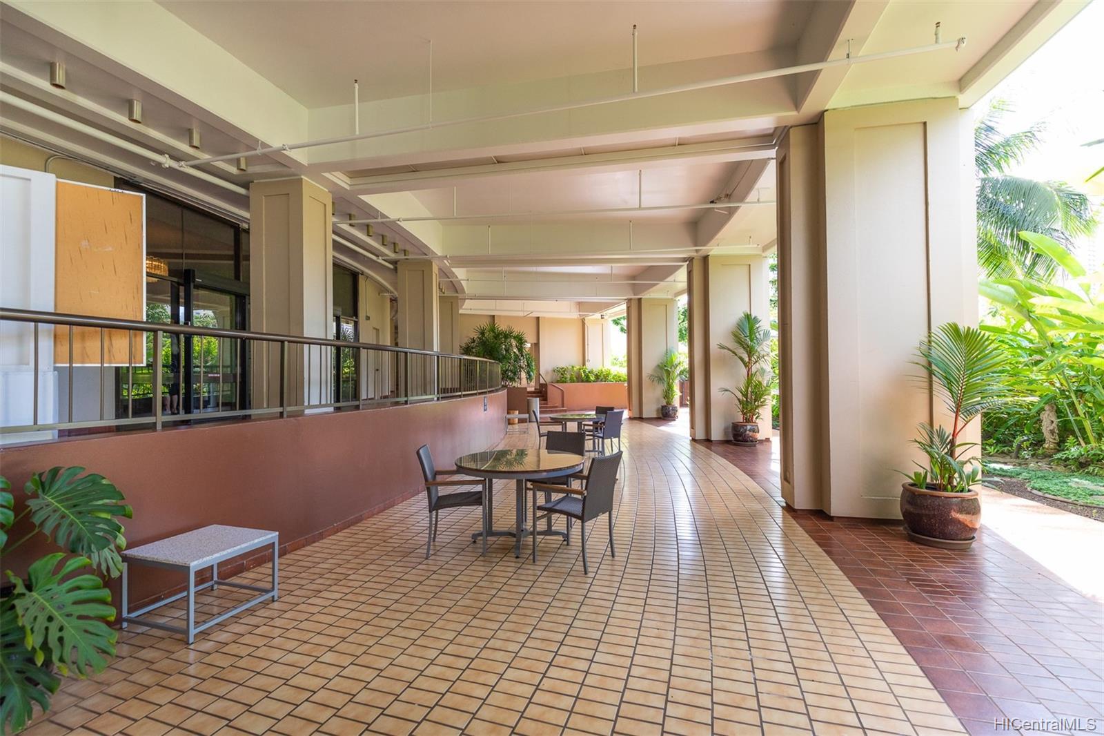 Marco Polo Apts condo # 3208, Honolulu, Hawaii - photo 20 of 24