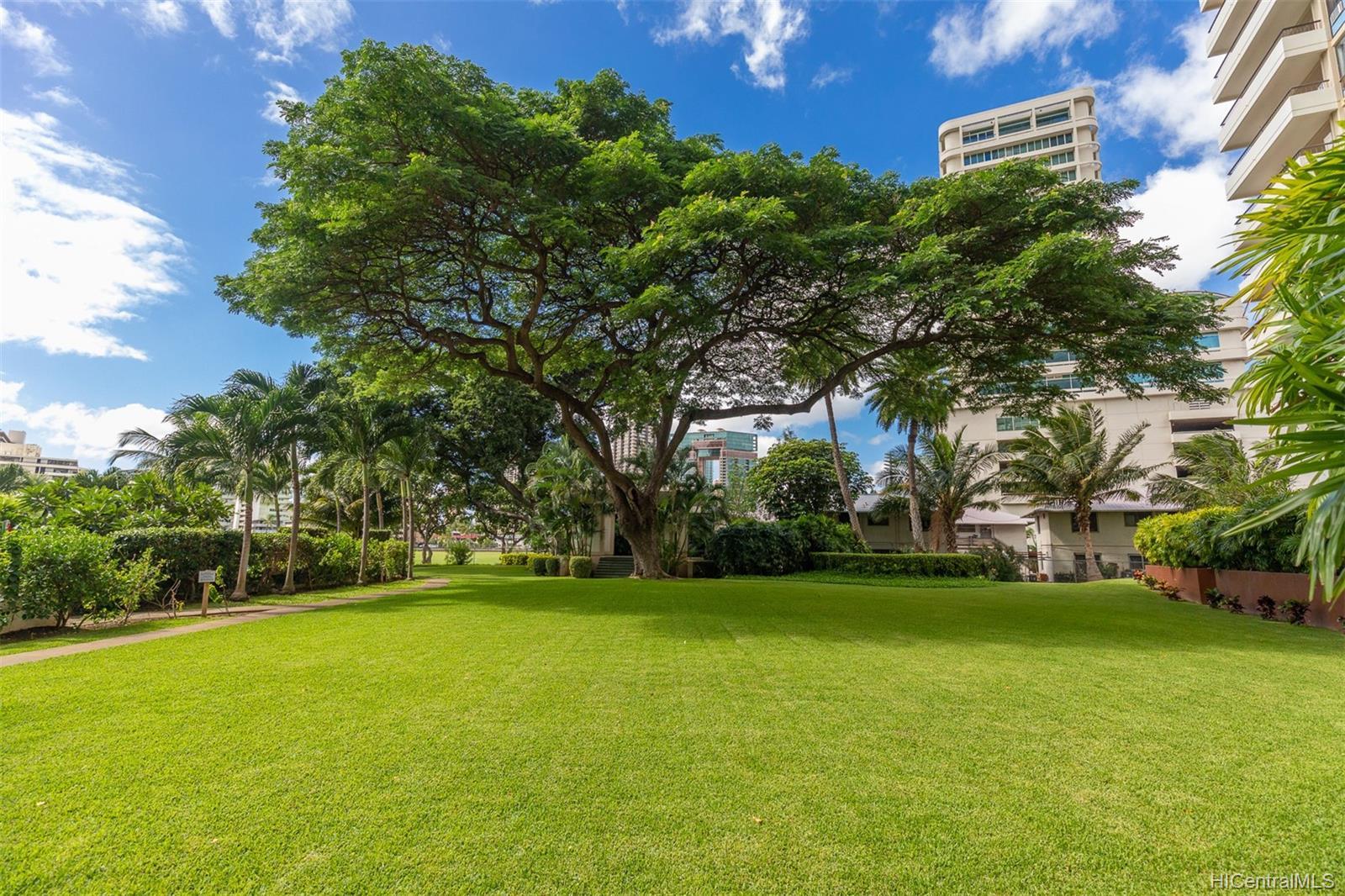 Marco Polo Apts condo # 3208, Honolulu, Hawaii - photo 21 of 24