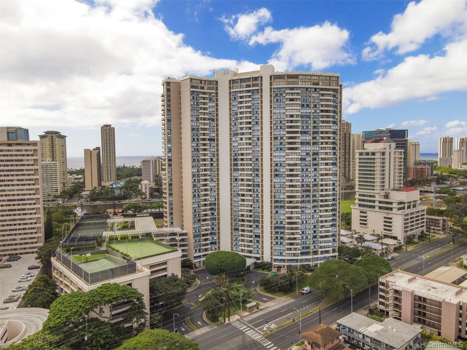 Marco Polo Apts condo # 3208, Honolulu, Hawaii - photo 23 of 24