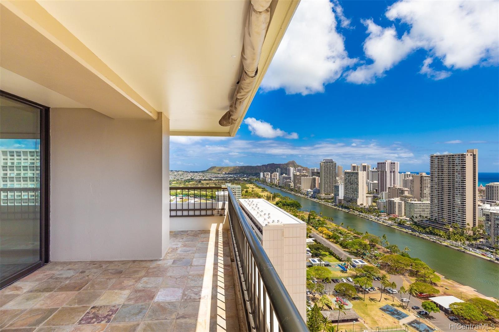 Marco Polo Apts condo # 3208, Honolulu, Hawaii - photo 9 of 24